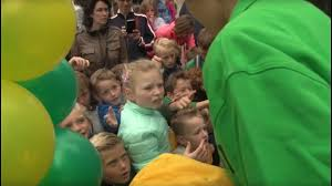 FC Uitgeest viert eeuwfeest in aanwezigheid van jeugd- en oud-leden,(Bekijk hier de video-film)!